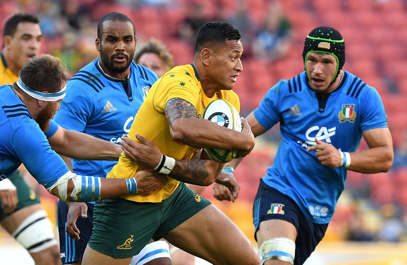 Rugby Union - Australia v Italy - Rugby International - Suncorp Stadium, Brisbane, Australia - 24 June 2017 - Australia's Israel Folau runs with the ball. AAP/Dave Hunt via REUTERS ATTENTION EDITORS - THIS PICTURE WAS PROVIDED BY A THIRD PARTY. NO RESALES. NO ARCHIVES. AUSTRALIA OUT. NEW ZEALAND OUT.